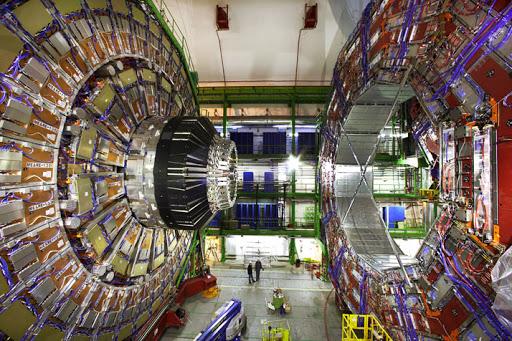 เครื่องเร่งอนุภาคคืออะไร